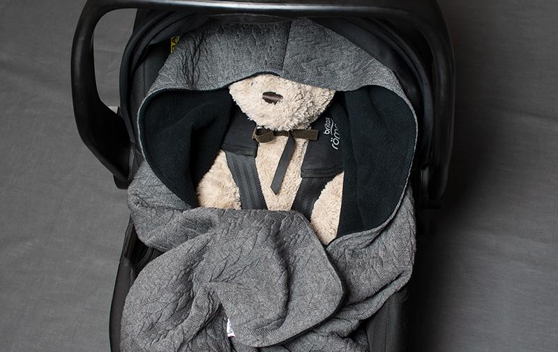 Babywrap, filt till babyskydd, barnvagn och bilbarnstol