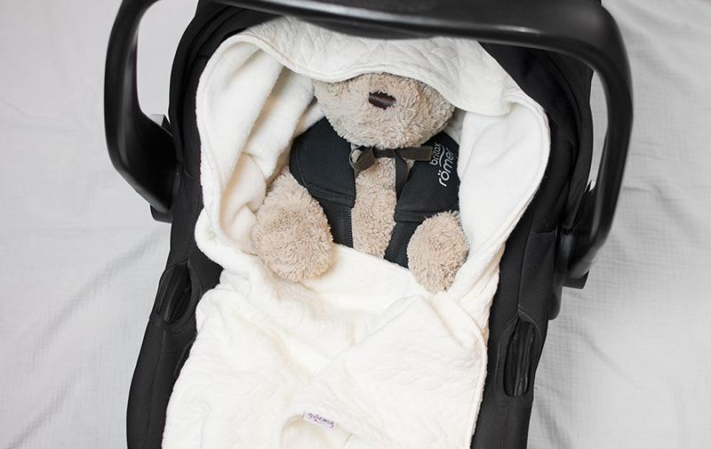Babywrap off-white – filt till babyskydd