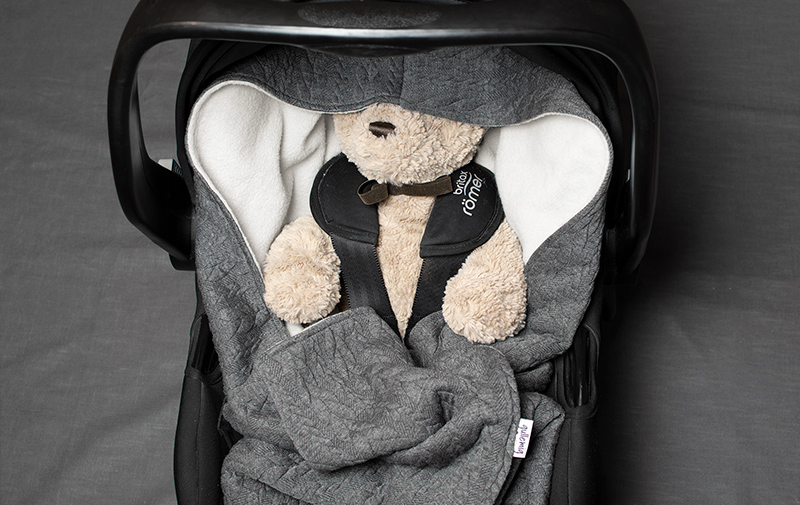 den Ta ett bad rubrik  Babywrap grå - Handsydda babywrap från Sverige